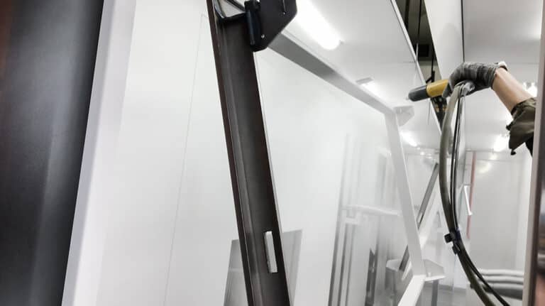 made in powder coating aluminium framed doors and windows