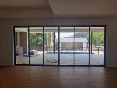6 panel stacker door glass