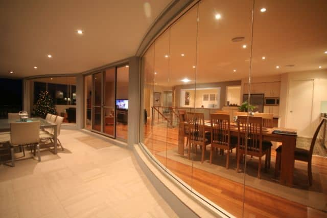 local service of window glass mall